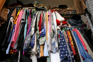 Caregiver in Highland Park IL: Reduce Senior Clutter