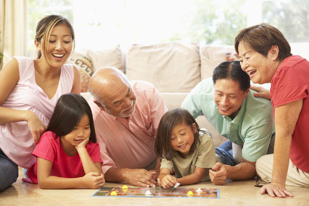 Social Seniors: Board Games